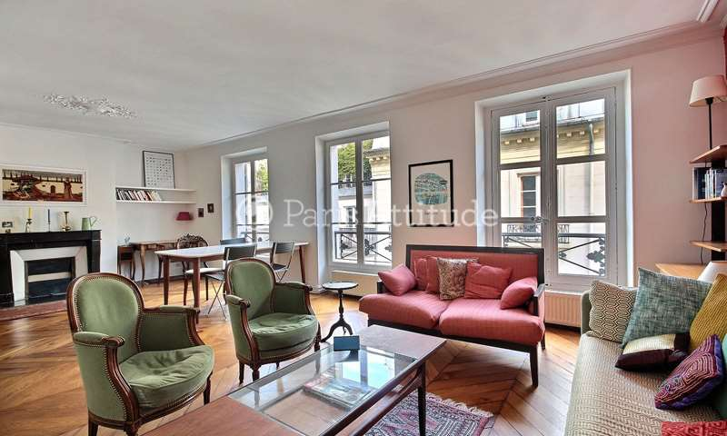 Rent Apartment 1 Bedroom 61m² rue de Sevigne, 75004 Paris