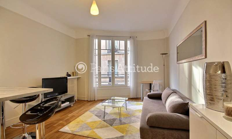 Rent Apartment 1 Bedroom 32m² rue Raffet, 16 Paris