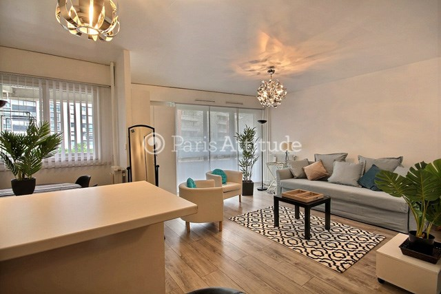 Location Appartement Studio 33m² rue du Cotentin, 75015 Paris