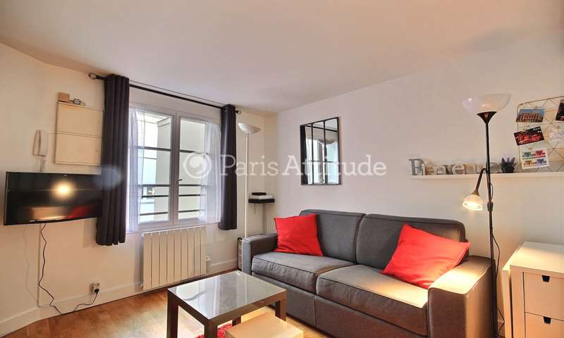 Rent Apartment Studio 18m² rue Montmartre, 2 Paris