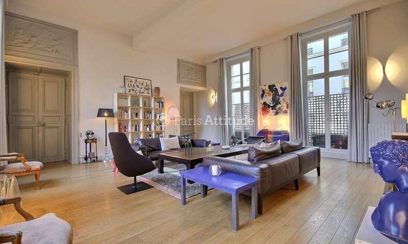 Location Appartement 3 Chambres 195m² rue des Francs Bourgeois, 75004 Paris