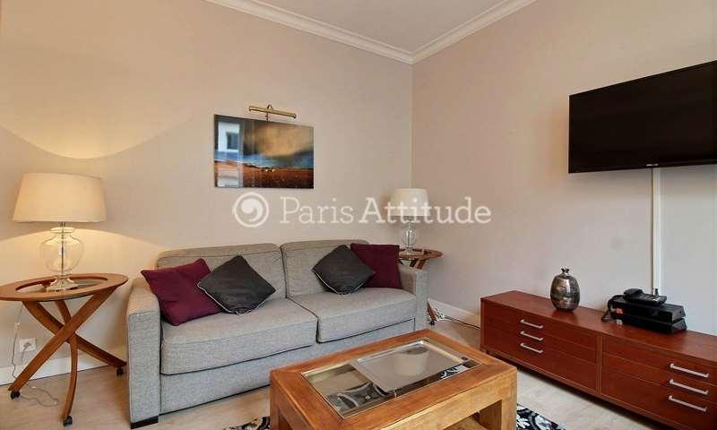 Rent Apartment 2 Bedrooms 72m² rue de Berri, 8 Paris