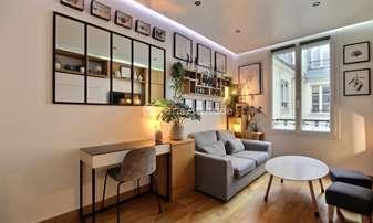 Rent Apartment Studio 20m² rue au Maire, 3 Paris
