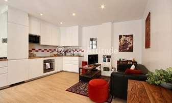 Rent Apartment 1 Bedroom 35m² Quai d Anjou, 4 Paris