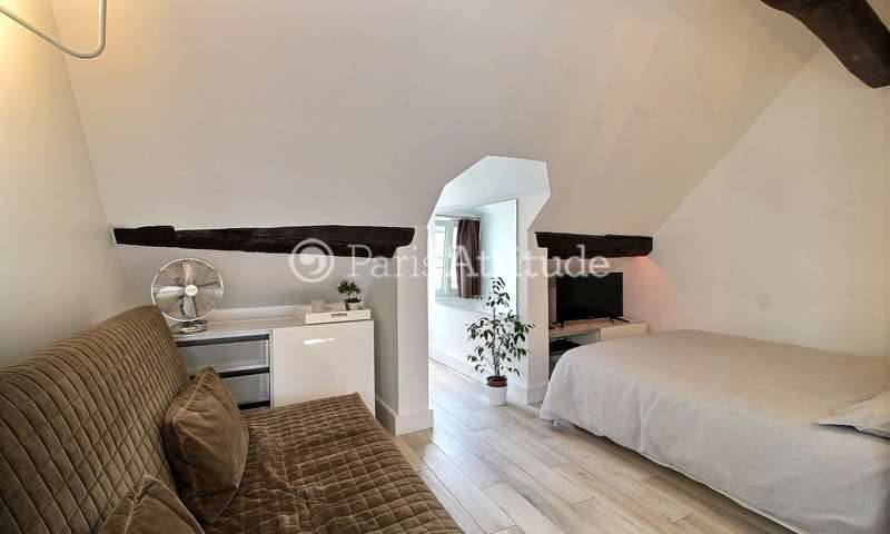 Location Appartement Studio 27m² rue des Lombards, 75004 Paris