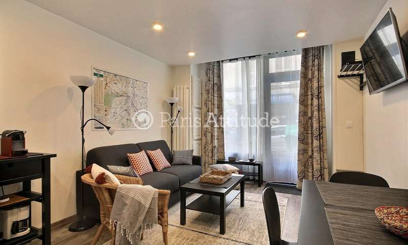 Rent Apartment 1 Bedroom 32m² rue Ganneron, 18 Paris