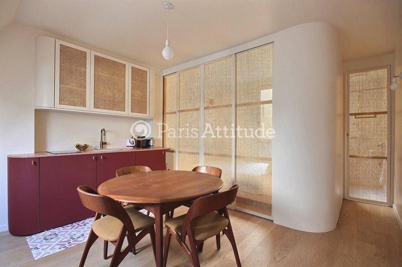 Louer Appartement meublé Studio 20m² boulevard de Clichy, 75018 Paris