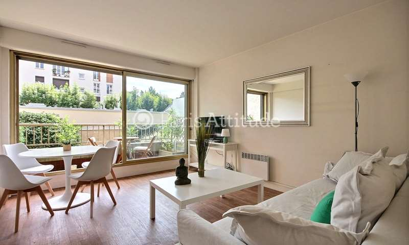 Rent Apartment 1 Bedroom 48m² rue Lantiez, 17 Paris