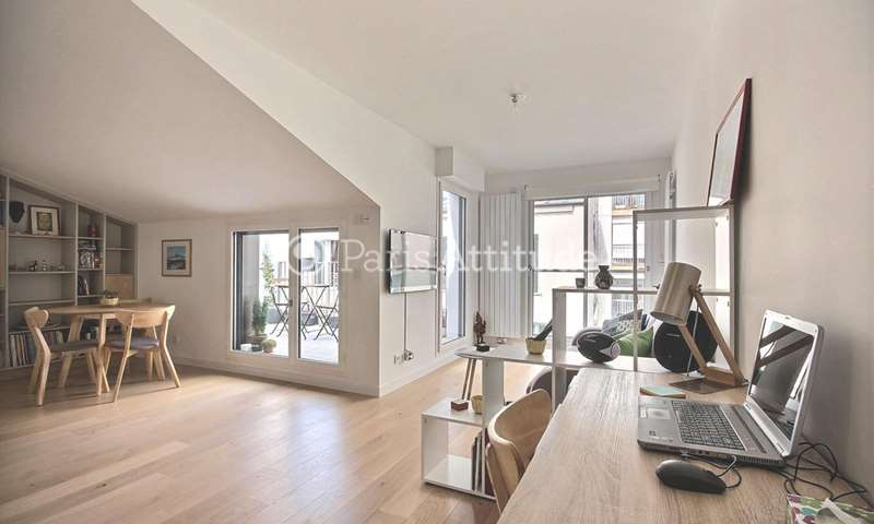 Rent Apartment 1 Bedroom 50m² rue Arthur Rozier, 19 Paris