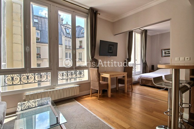 Rent Apartment 1 Bedroom 42m² rue de Berri, 75008 Paris