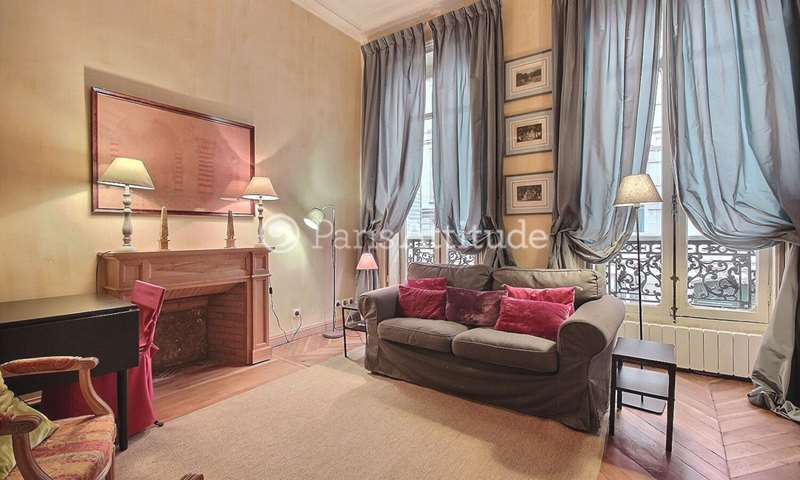 Rent Apartment 2 Bedroom 55m² rue Casimir Perier, 75007 Paris