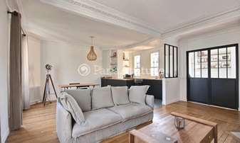 Rent Apartment 1 Bedroom 63m² rue du Ruisseau, 18 Paris