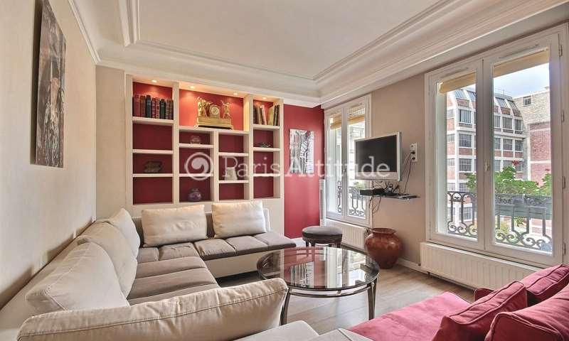 Rent Apartment 2 Bedrooms 85m² boulevard de Clichy, 18 Paris