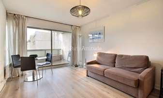 Rent Apartment Studio 32m² avenue des Ternes, 17 Paris