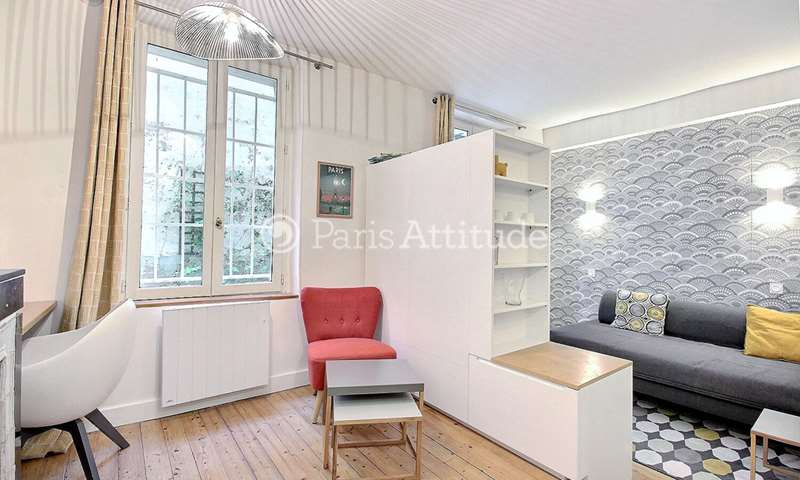 Location Appartement Studio 22m² passage Cottin, 18 Paris
