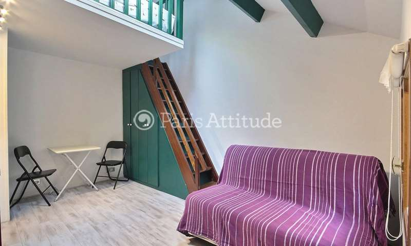 Rent Apartment Studio 16m² rue Saint Honore, 75001 Paris