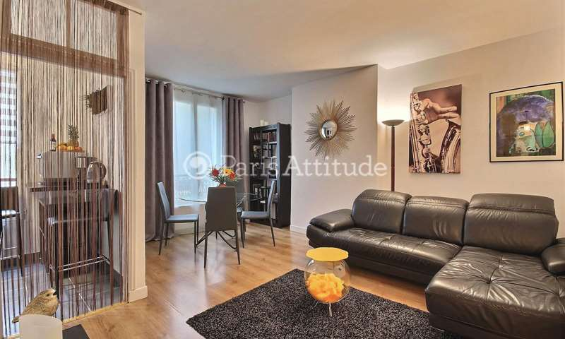 Rent Apartment 1 Bedroom 45m² rue de Bassano, 16 Paris