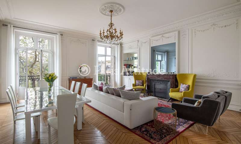 Rent Apartment 5 Bedroom 232m² avenue Victor Hugo, 75016 Paris