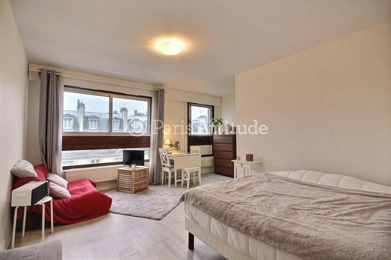 Location Appartement Studio 29m² rue Saint Maur, 75011 Paris