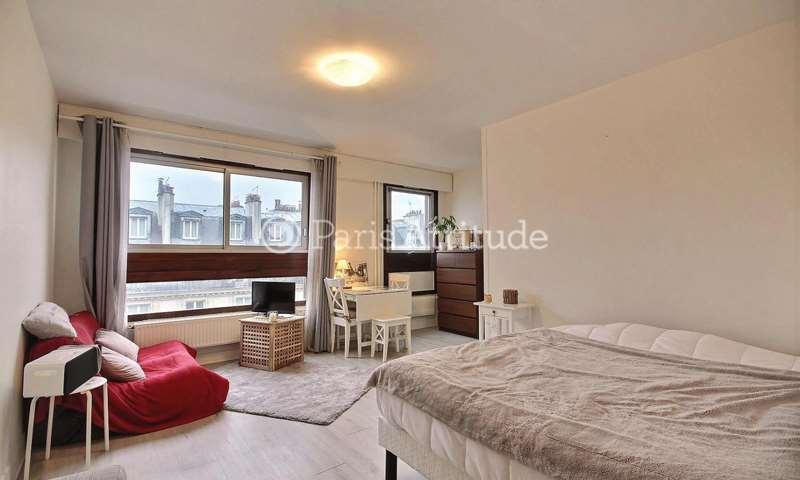 Rent Apartment Studio 29m² rue Saint Maur, 75011 Paris