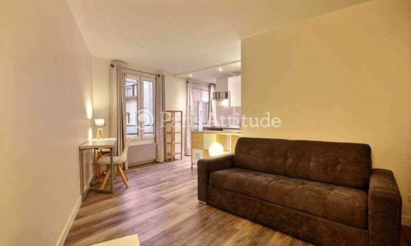 Location Appartement Studio 28m² rue de Turenne, 3 Paris