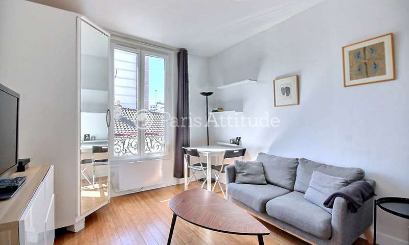 Rent Apartment Alcove Studio 24m² passage Dagorno, 20 Paris