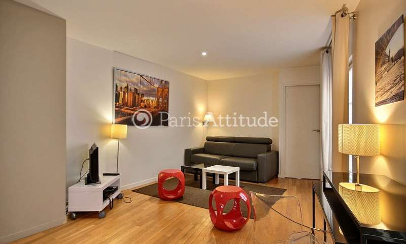 Rent Apartment 1 Bedroom 42m² rue de Ponthieu, 75008 Paris