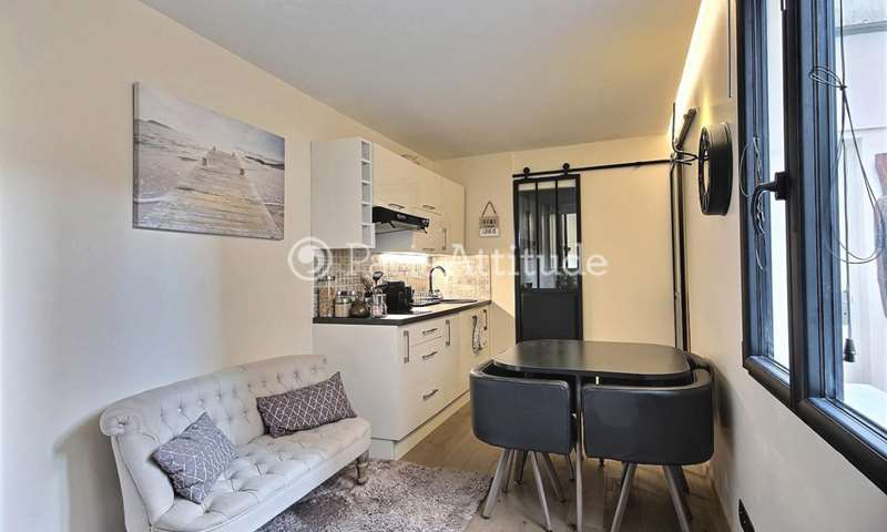 Rent Duplex 1 Bedroom 28m² rue Tholoze, 18 Paris