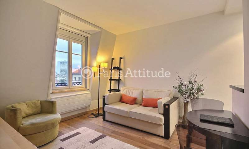 Rent Apartment Alcove Studio 35m² rue Pierre Larousse, 75014 Paris