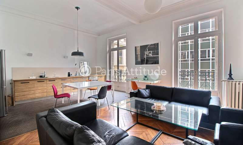 Rent Apartment 2 Bedroom 115m² rue de La Baume, 75008 Paris