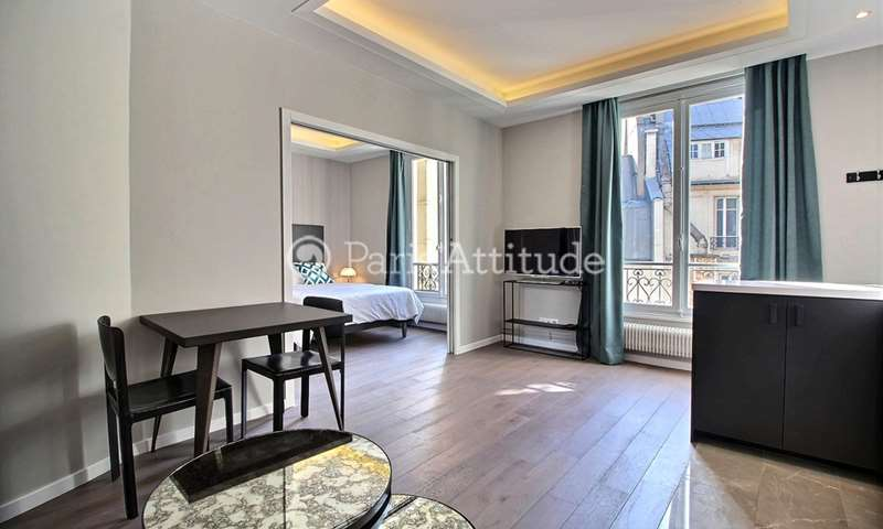 Rent Apartment 1 Bedroom 35m² rue de Berri, 75008 Paris