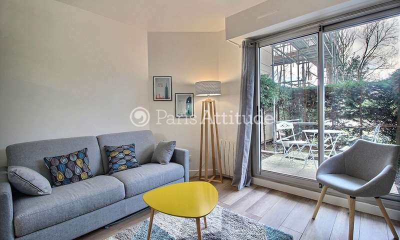 Rent Apartment Studio 27m² rue Vaugelas, 15 Paris