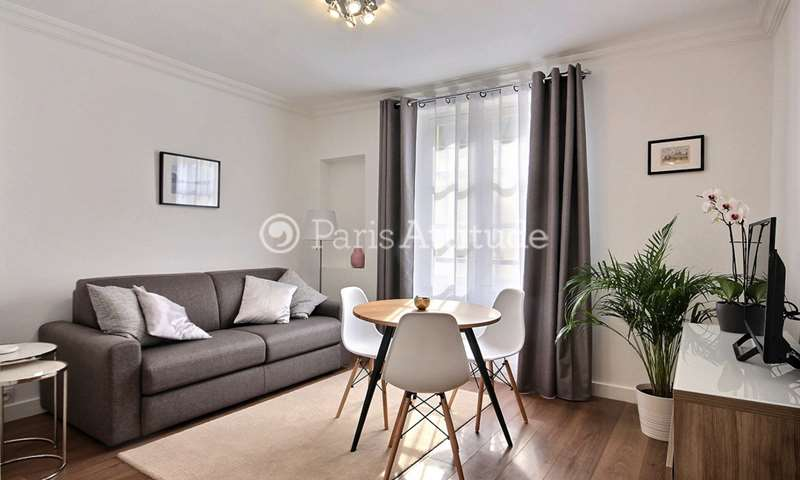 Rent Apartment Studio 24m² rue des Francs Bourgeois, 3 Paris