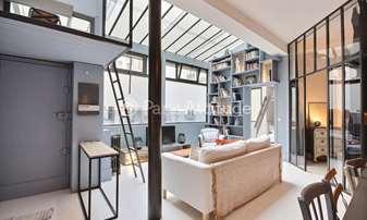 Location Loft 2 Chambres 58m² rue de Rochechouart, 9 Paris