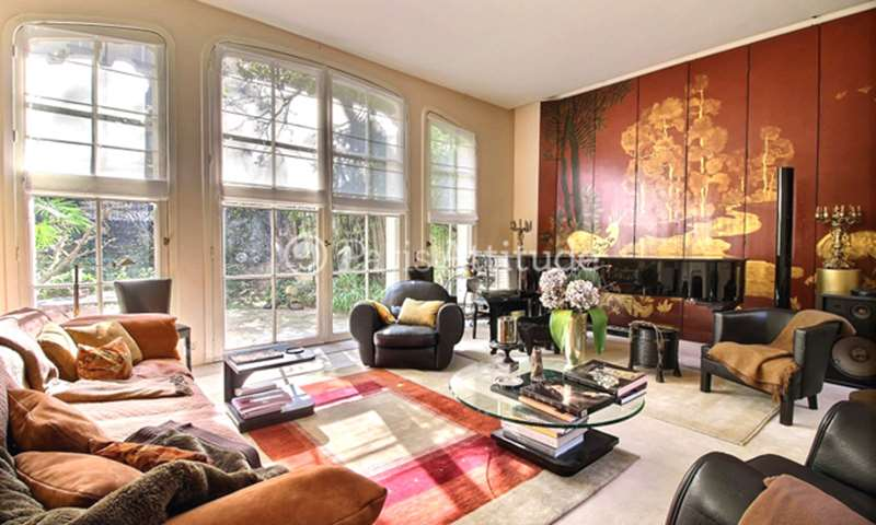 Location Duplex 2 Chambres 180m² rue Coetlogon, 75006 Paris