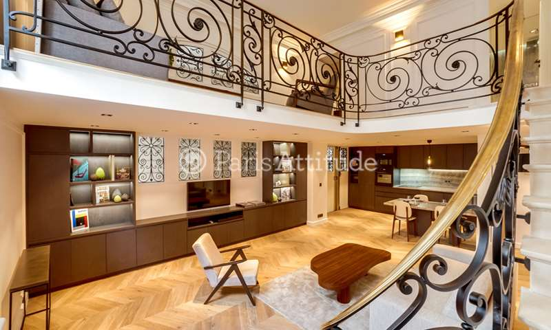 Rent Apartment 1 Bedroom 84m² rue Alfred de Vigny, 75008 Paris