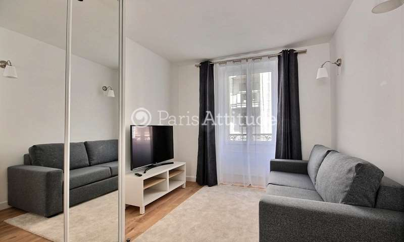 Rent Apartment Studio 23m² rue du Château, 14 Paris