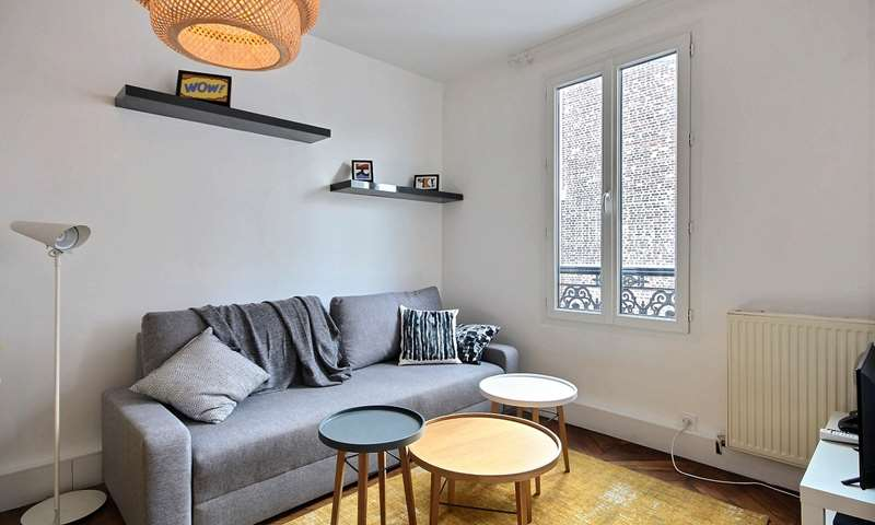 Rent Apartment 1 Bedroom 38m² rue Villiers de l Isle Adam, 20 Paris