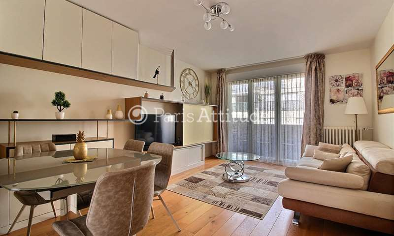Rent Apartment 2 Bedrooms 66m² rue Jonquoy, 14 Paris