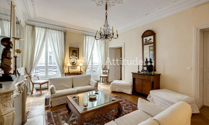 Rent Apartment 2 Bedroom 135m² rue d Artois, 75008 Paris