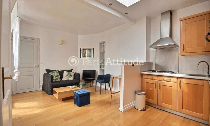 Rent Apartment 1 Bedroom 37m² rue des Martyrs, 75009 Paris