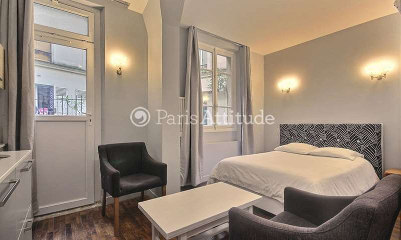 Rent Apartment Studio 20m² rue Eugene Sue, 75018 Paris