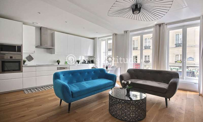Rent Apartment 3 Bedrooms 76m² rue du Cherche Midi, 6 Paris