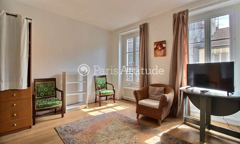 Rent Apartment Studio 28m² rue Rennequin, 75017 Paris