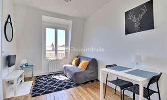 Rent Apartment Studio 14m² rue de la Chine, 20 Paris
