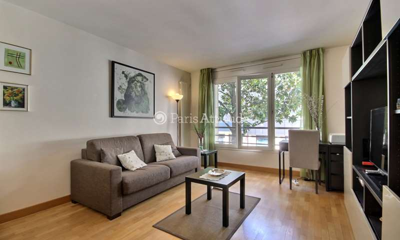 Rent Apartment 1 Bedroom 48m² Rue Pierre Lhomme, 92400 Courbevoie