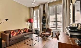 Rent Apartment Alcove Studio 31m² rue de Beaune, 7 Paris