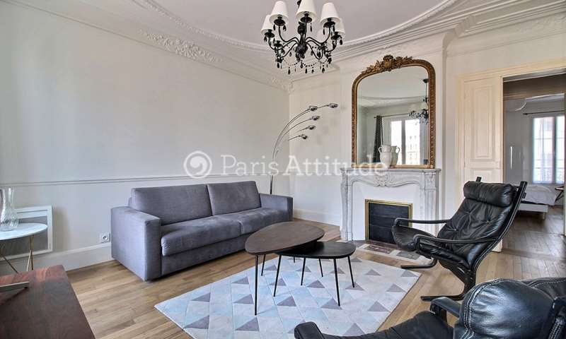 Rent Apartment 2 Bedrooms 74m² rue des Halles, 1 Paris