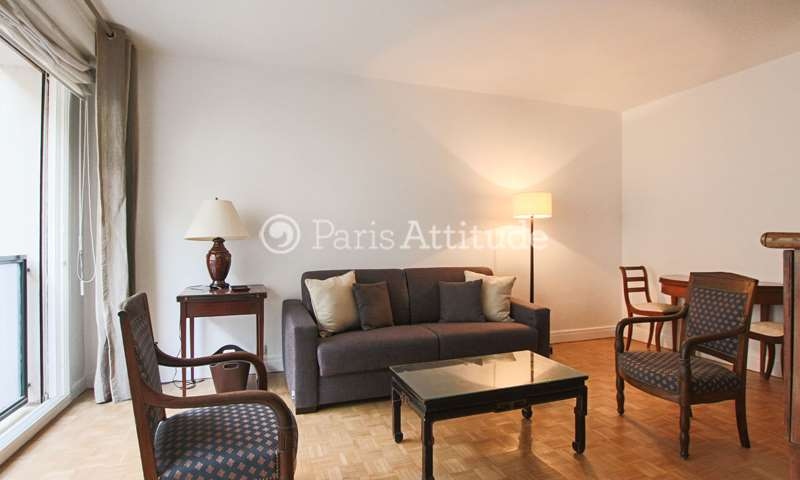Rent Apartment Studio 28m² rue Paul Sauniere, 16 Paris