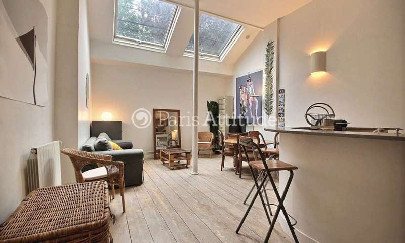Rent Loft 2 Bedrooms 64m² rue Jean Pierre Timbaud, 11 Paris